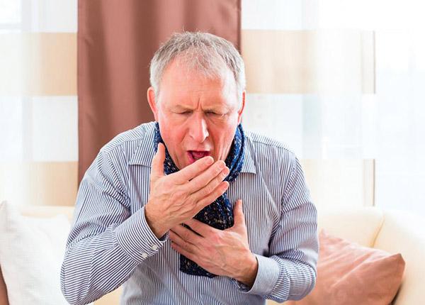 Khi bị ho nhiều vào ban đêm, trước hết, cần bình bĩnh không nên quá lo lắng
